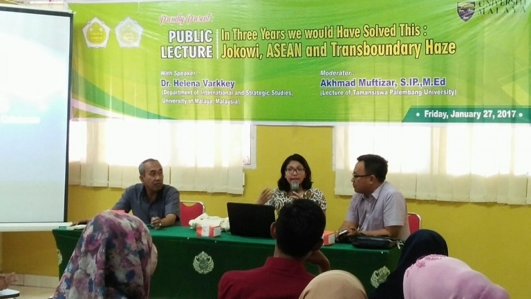 "Kuliah Umum oleh Dr.Helena Varkkey ""In three years we would have solved this : Jokowi, ASEAN and Transbondary Haze"""
